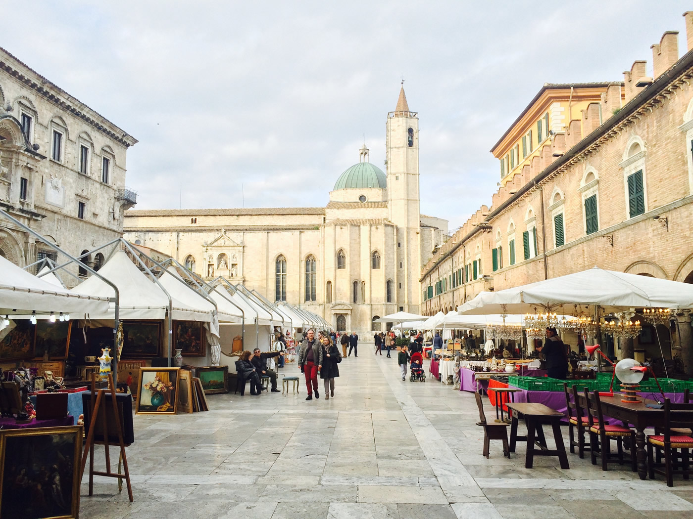 le marche holiday: Italy design week 2019