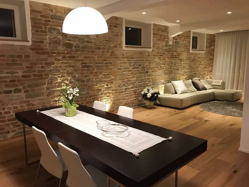 costs renovating italy home